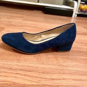Franco Sarto low heeled shoe
